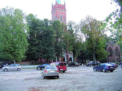 Parafia walczy o parking