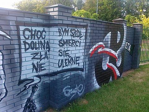 Tu targwek powstanie warszawskie na targwku for Mural legionowo