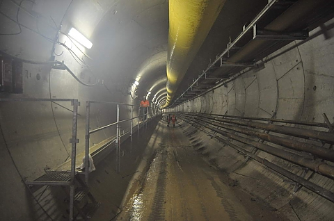Radni Marek popieraj� metro na wschodni� Bia�o��k�