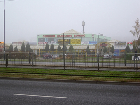 Obok Carrefoura powstanie nowa galeria handlowa?