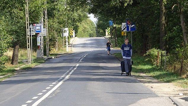 """Bunt na Zdziarskiej. """"Syn idzie 2,5 km piechot� do przystanku"""""""