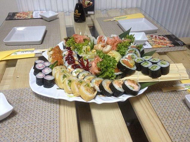 Czym jest gohan? Dowiesz siê w Amai Sushi