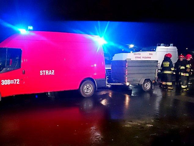 Tajemniczy wybuch na Bródnie. Jedna osoba ranna