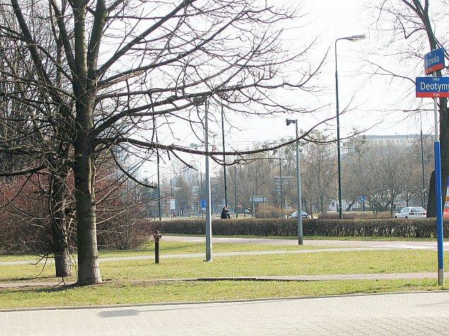 Burmistrz: Wyrzuæmy pieszych na k³adkê nad Górczewsk±