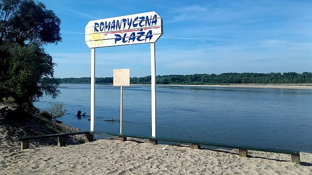 Pomost i taras widokowy. Plaża jeszcze bardziej Romantyczna