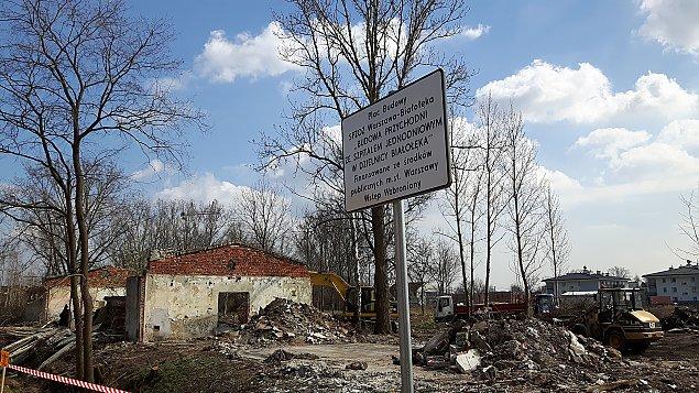 Ulica Przykoszarowa bez koszar. Tu uro¶nie przychodnia