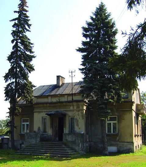 Stuletni dom dogorywa w Winnicy. Warto go ratowaæ?