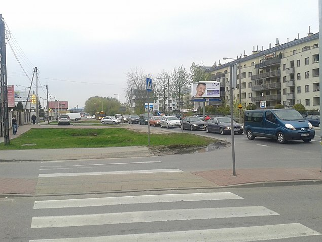Zablokowali £odygow±. W obronie prywatnych miejsc parkingowych
