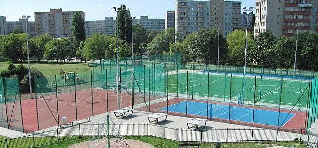 Nowe boisko ju¿ jest, wkrótce balon sportowy