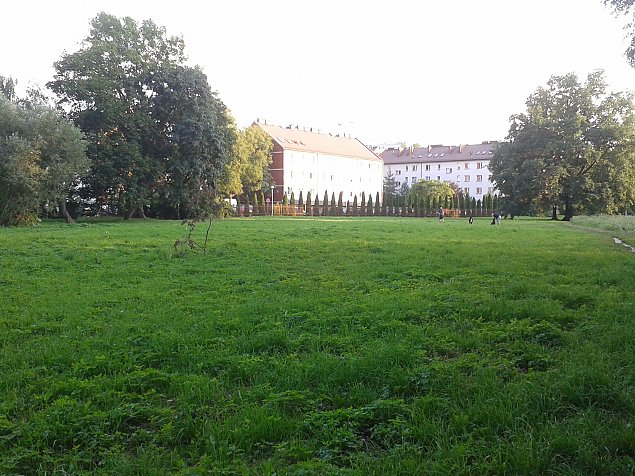 """Bloki zamiast parku na Wawrzyszewie? """"Sprawa jest pilna"""""""