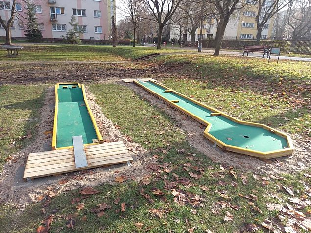 """Minigolf na Piaskach. """"Pierwsze takie miejsce na Bielanach"""""""