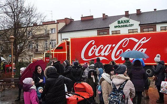 """Coca-Cola truck zajecha³! """"Mo¿e zakrêciæ siê w g³owie"""""""