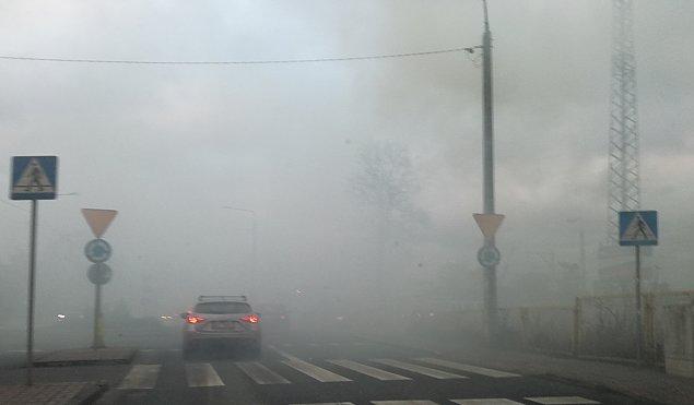 Najs�ynniejszy kopciuch Warszawy? Dym spowija Falenic�