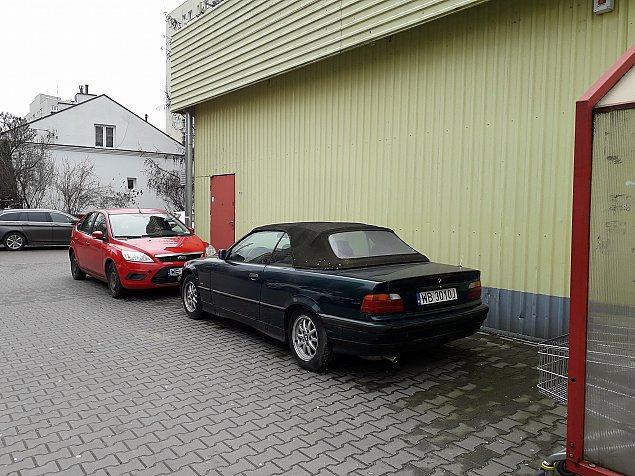 """Biedronka parali¿uje Cz³uchowsk±? """"Proponujê zakaz parkowania"""""""