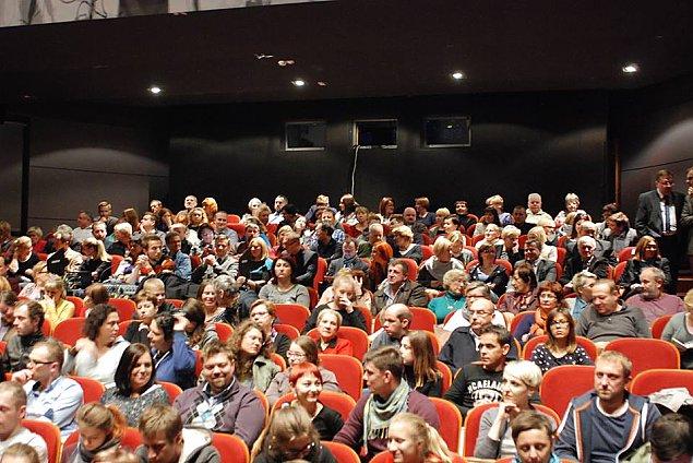 "Kolejne kino na Bia³o³êce? ""Konkurencja dla multipleksu"""