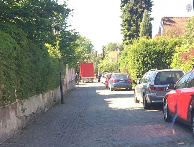 """P³atnicza zablokowana. """"Czas na p³atne parkowanie"""""""