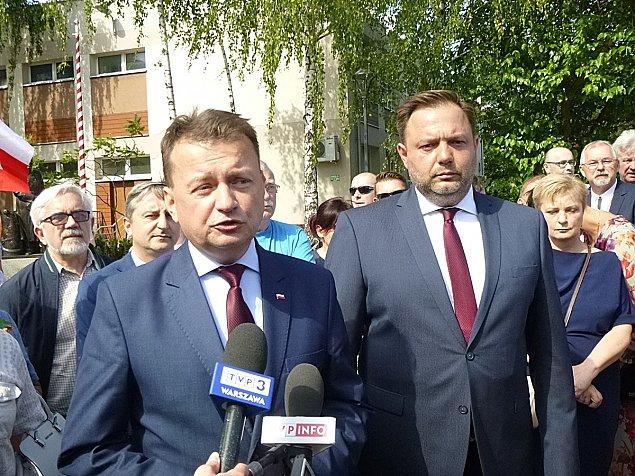 """""""Smogorzewski rz±dzi zbyt d³ugo"""". Mariusz B³aszczak pod ratuszem"""