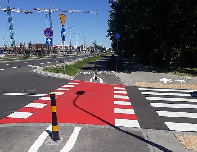 """""""Wszêdzie s³upki, nawet na drodze rowerowej"""". Mamy problem?"""