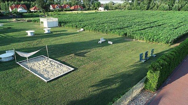 Labirynt w�r�d kukurydzy nad Kana�em �era�skim