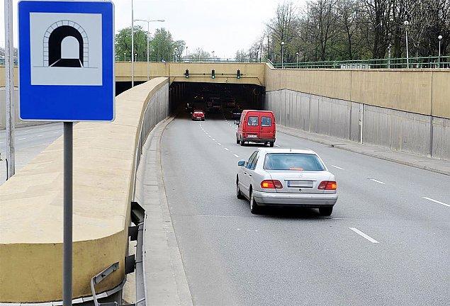 Klamka zapad�a. S7 w tunelach pod Bemowem i Bielanami