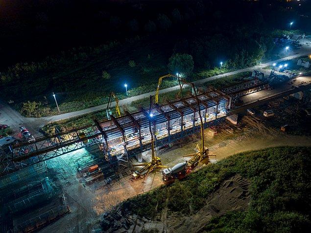 Tak powstaje nowy most dla Wawra