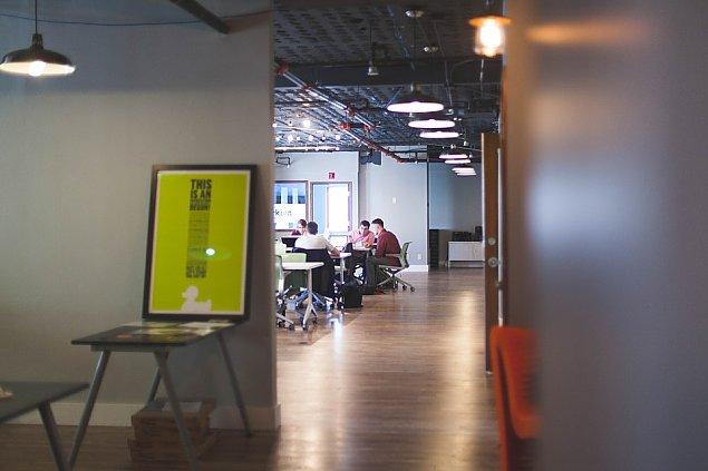 Dlaczego biuro wirtualne? Dlaczego w Warszawie?