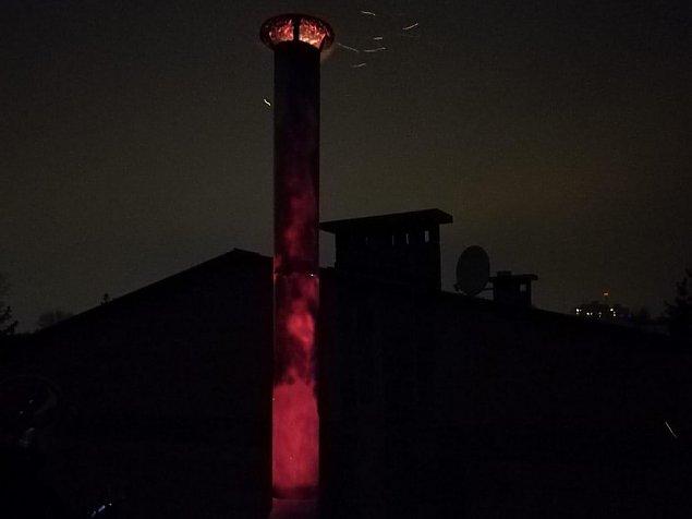 Czerwone i czarne. Nietypowy po�ar w Wawrze