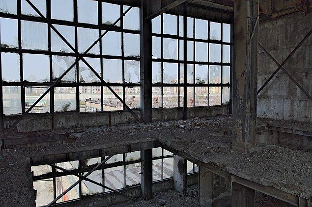 Zabuduj� fabryk� dom�w? Konsultacje ruszy�y