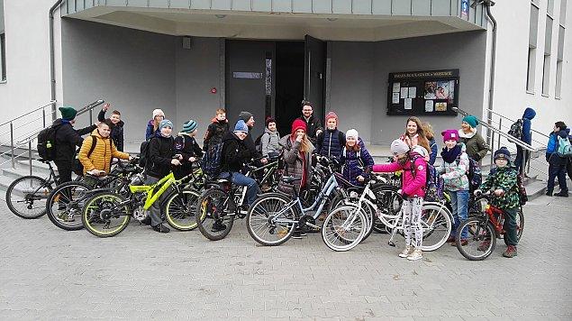 Rowerowy wirus w szkole na Le�nej Polanki