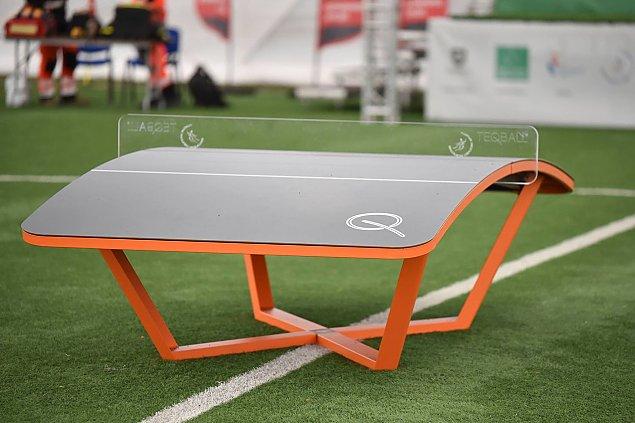 """""""Siatko-noga na stole"""". Nowy sport zago�ci w parkach?"""