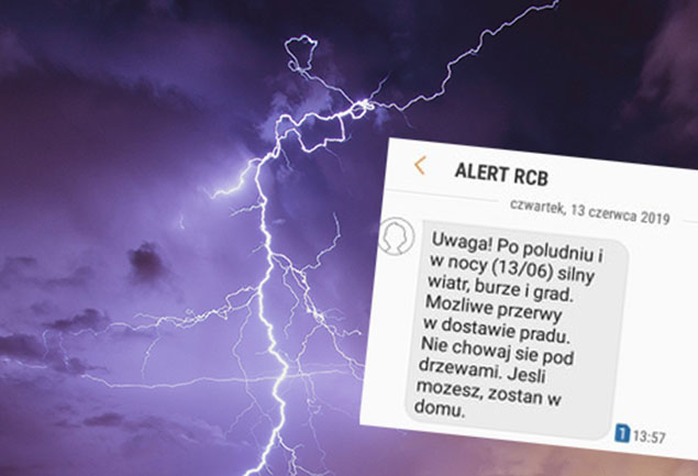 """RCB ostrzega przez burz�. """"Nie chowaj si� pod drzewami"""""""