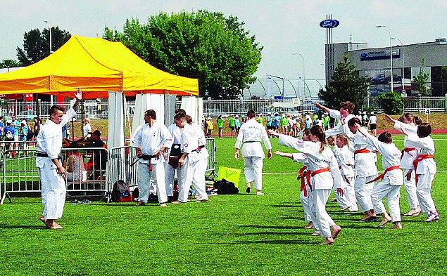 Wyj�tkowe igrzyska na Targ�wku