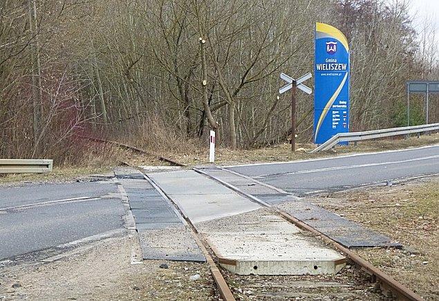 Poci�giem nad Zalew Zegrzy�ski. B�dzie nowa stacja