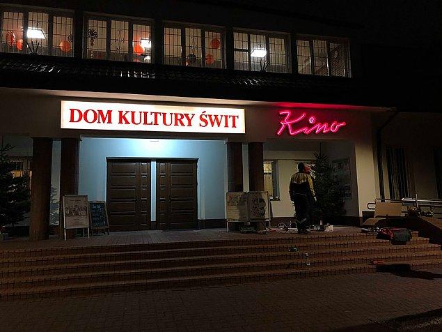 Najta�sze kino w Warszawie? Bez reklam i spot�w