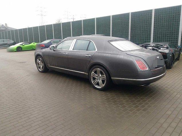 Auto za dwa miliony. Skradzione w Niemczech, odnalezione na Bemowie