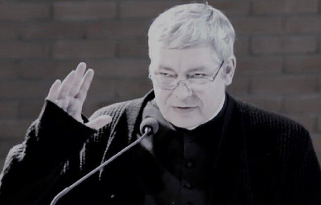 Zmar� Piotr Pawlukiewicz, kaznodzieja z Warszawy