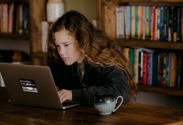 """Zdalna nauka na Targ�wku. """"Nie mamy szans zapewni� wszystkim komputera"""""""
