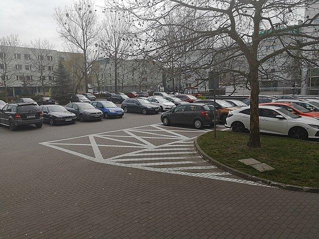"""""""Otw�rzcie parking pod ratuszem"""". Urz�dnicy: Mamy z�e do�wiadczenia"""