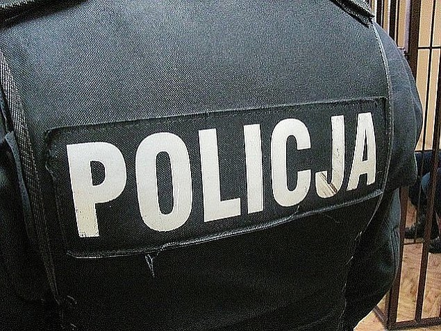 Policja aresztowa³a 34-latka. Ma siê wyprowadziæ z domu i nie zbli¿aæ do matki