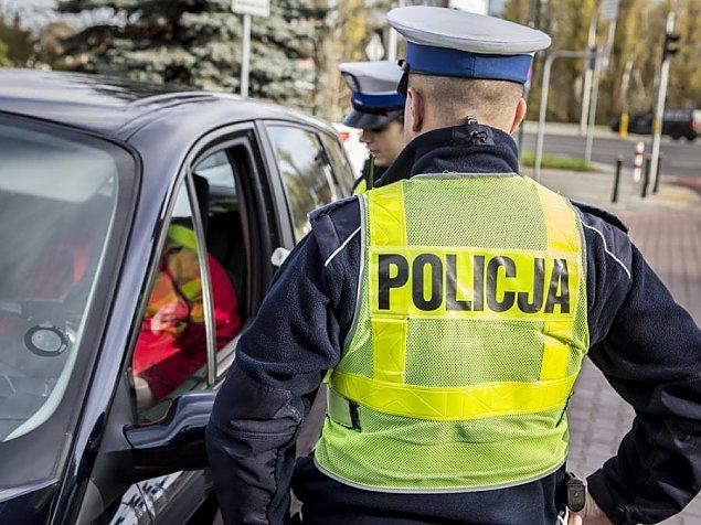B�dzie �atwiej straci� prawo jazdy. Bodnar: Przepisy niezgodne z konstytucj�