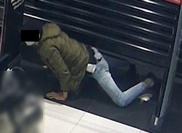 Zuchwa�a kradzie� w centrum handlowym. Wykorzysta� niedomkni�te rolety