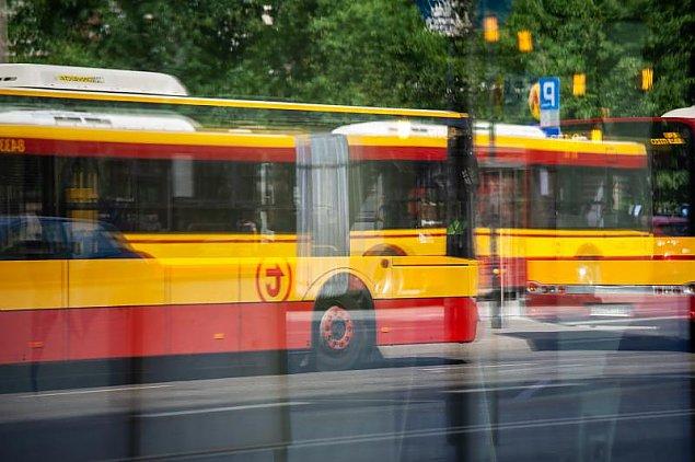 Pandemia odwo�ana? Klimatyzacja wraca do komunikacji miejskiej