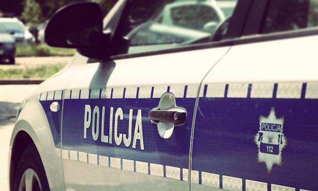 Pechowa interwencja policji na Wawrzyszewie. Mieszka�ca ponios�o