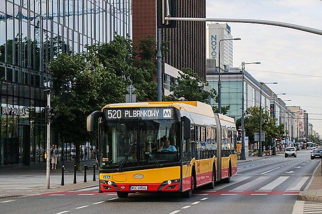 Warszawa znów kupuje autobusy. Umowa podpisana