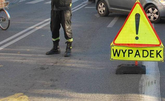 Wypadek na P³ochociñskiej. Motocyklista w szpitalu