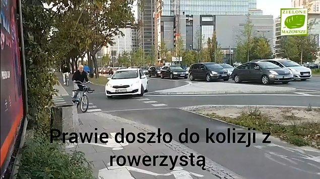 """Tak siê je¼dzi po Warszawie. """"Dok³adanie pasów nie pomaga"""""""