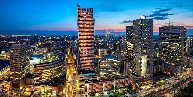 Który ¶rodek transportu jest najwygodniejszy w Warszawie?