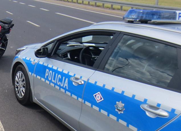 ¦miertelny wypadek na P³ochociñskiej. Opel wypad³ z jezdni