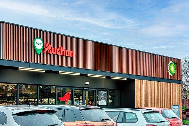 Auchan czynny w niedzielê. Ruszy³ sklep nowego typu