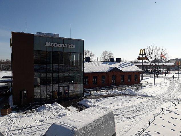 Jedyny taki McDonald's. Fast food w zabytku